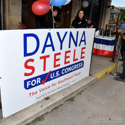 Dayna Steele Fundraiser With Melissa Etheridge Live At Pearl Bar  <br><small>Oct. 21, 2018</small>