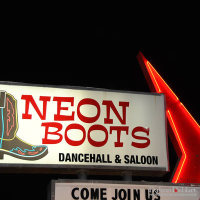 Country Dinner Weekend - Neon Boots and Up Restaurant <br><small>Oct. 1, 2016</small>