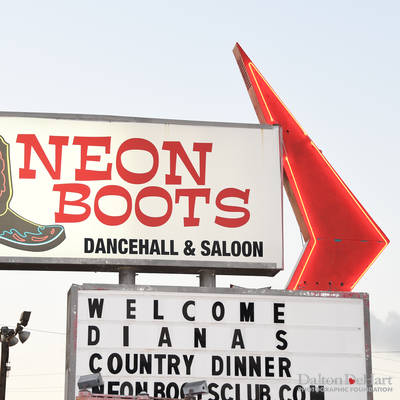 Country Dinner at Neon Boots <br><small>Oct. 7, 2017</small>