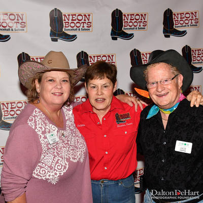 Four Seasons Club 2018 - Fall Party At Neon Boots  <br><small>Nov. 4, 2018</small>