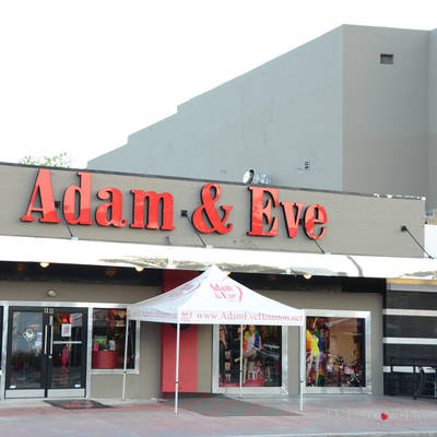 Party with the Bunnies at Adam & Eve and Enjoy the Fashion Show <br><small>April 19, 2014</small>